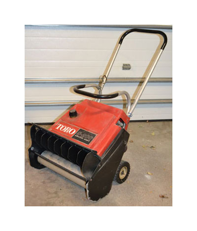 my abused toro s 200 snowblower on tool box buzz tool box buzz rh toolboxbuzz com Toro S200 Manual PDF Toro 724 Snowblower Manual