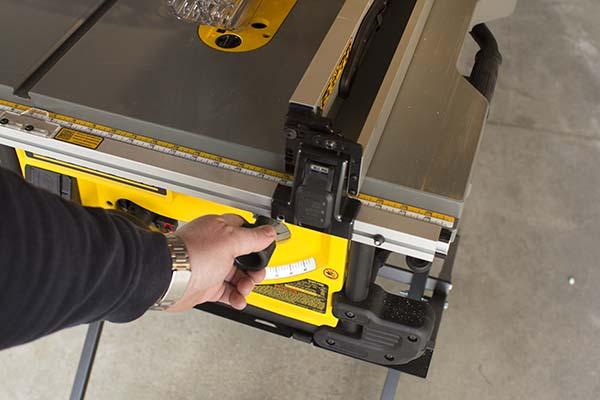 Dewalt Dwe7490x Fence Tool Box Buzz Tool Box Buzz