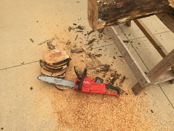 Milwaukee Chainsaw -2