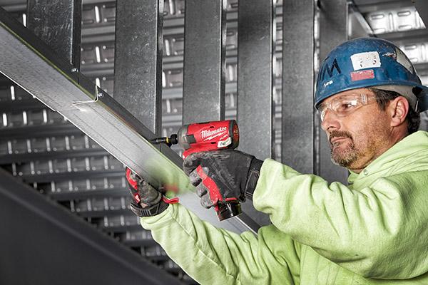 Milwaukee M12 Surge -steel stud install