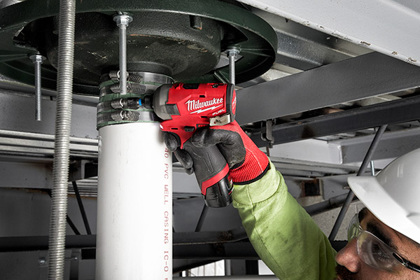 Milwaukee M12 Surge -rain leader clamps