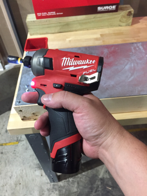 Milwaukee M12 Surge -is tiny in the hand