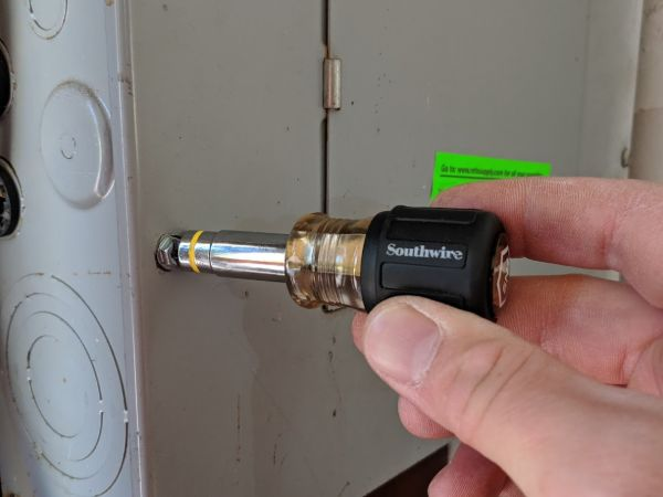 Suthwire 5N1 Stubby Nutdriver