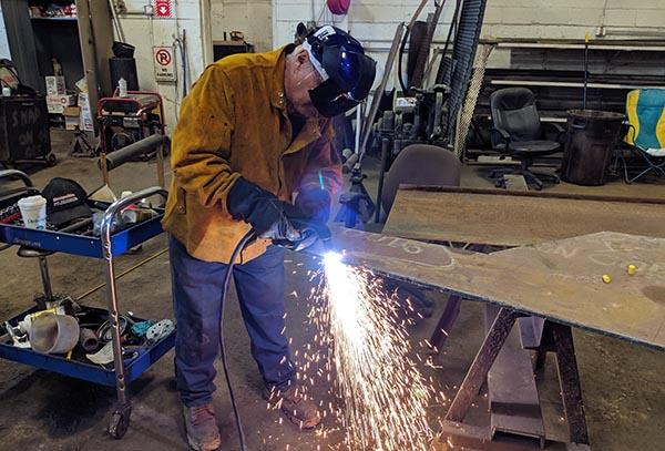 Cutting Hardox 450 Steel