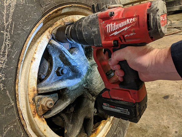"M18 FUEL 1"" Impact Wrench"