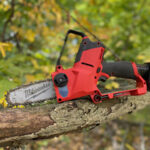 Milwaukee M12 FUEL HATCHET Pruning Saw