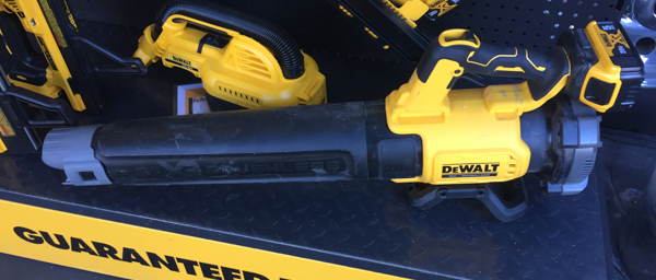 2020 Holiday Tool Gift Guide - Dewalt 20V Blower